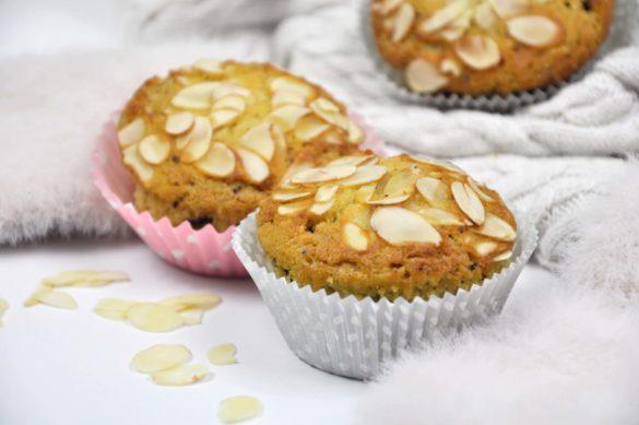 Fit muffiny pomarańczowe z migdałami i czekoladą