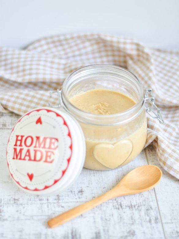 Domowe, kokosowe masło orzechowe + pomysły na jego wykorzystanie